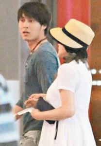 刘晓庆的丈夫易纲简历,刘晓庆逆生长申请吉尼斯纪录,刘晓庆偷税入