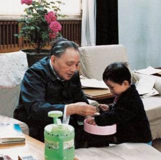 邓卓棣是谁的儿子,邓卓棣简历家庭背景工作业绩从政