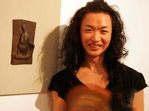 金星变性前妻子照片,金星个人资料变性原因哪年变性的?