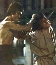 泰森跟李小龙单挑视频,李小龙打趴8日本武师