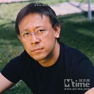著名演员姜文昨天去世属谣言,姜文有多少个老婆和子女