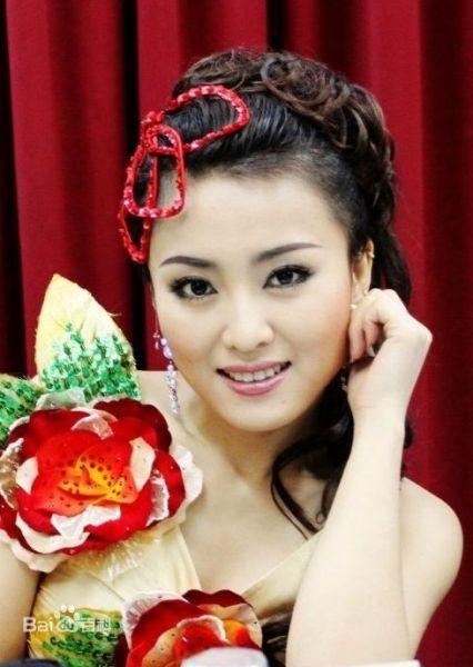 赵本山传媒集团所有女星谁最漂亮,赵本山旗下的十大女星是谁