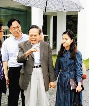 82岁杨振宁娶28岁翁帆很幸福
