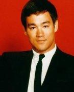 李小龙VS泰拳王视频,李小龙怎么死的,李小龙1971秒杀泰拳王视频