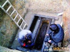 中国考古古墓美女,古墓挖出完好美女死体,考古古墓女尸怀孕图片