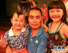 春晚童星邓鸣贺父母是干什么的,邓鸣贺家庭背景父母是谁简介逝世
