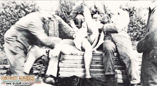 苏军对妇女暴行图片,二战日本禽兽暴行图,苏军对德国妇女的暴行
