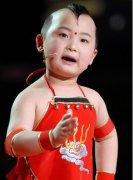邓鸣贺2015年最新消息,春晚福娃邓鸣贺患白血病去世后在老家土葬