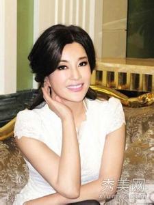 刘晓庆整容后遗症照片,刘晓庆最新整容照,刘晓庆为什么不能生孩子