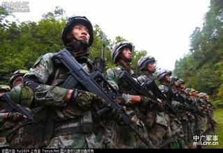 中国解放军最新单兵装备及作战系统,我军特种部队单兵装备 3