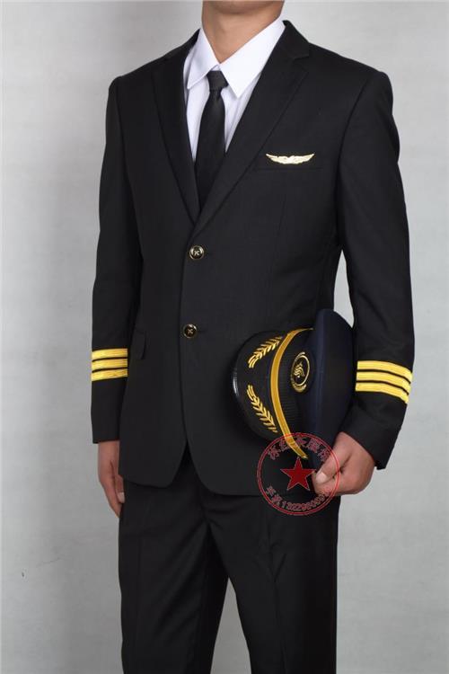 民航刚毕业飞行员工资多少