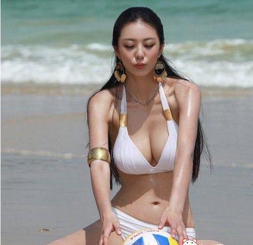韩国女星美女无法抵抗入侵性感迷人