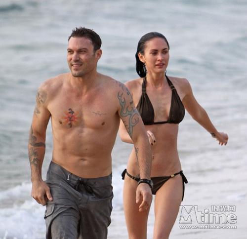 梅根福克斯个人资料离婚了吗 梅根福克斯大尺度三级裸泳艳照曝光