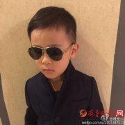 蔡国庆承认早已领证结婚了吗养子叫什么?《爸爸4》儿子首次曝光