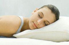 女生熬夜的危害及补救措施 经常熬夜的人怎么保养皮肤效果好