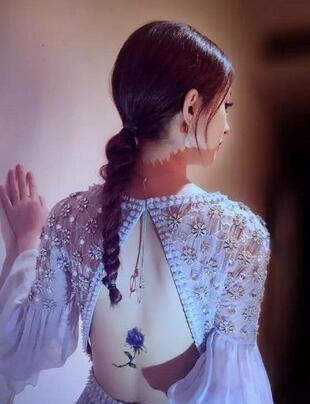 赵丽颖陆贞传奇摔出腰伤骨头凸出图片,赵丽颖紫色花朵纹身遮腰伤
