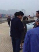 樊少皇夫妇与路人争执被骂刁民泼妇,樊少皇老婆是谁贾晓晨资料图