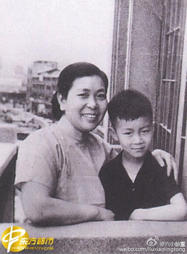 六小龄童母亲严茶姑去世原因年纪多大 六小龄童和父母全家福曝光