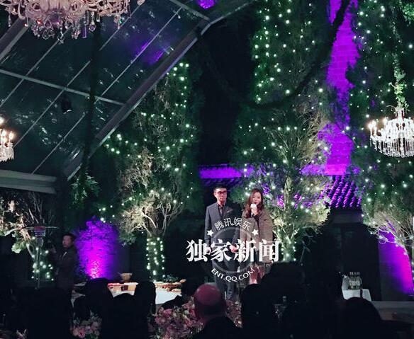 张靓颖意大利婚礼晚宴现场图片曝光伴娘是刘亦菲,妈妈没有被邀请