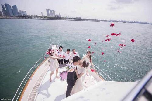 王鸥已婚老公张戈是谁个人资料背景,刘恺威小三王鸥丈夫张戈图片