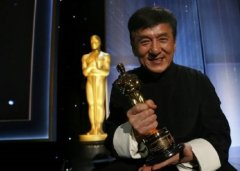 成龙在好莱坞的地位有多高?为什么成龙能获得奥斯卡终身成就奖