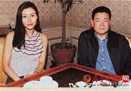 刘銮雄为什么和吕丽君分手原因,个人资料简介家庭背景身价多少