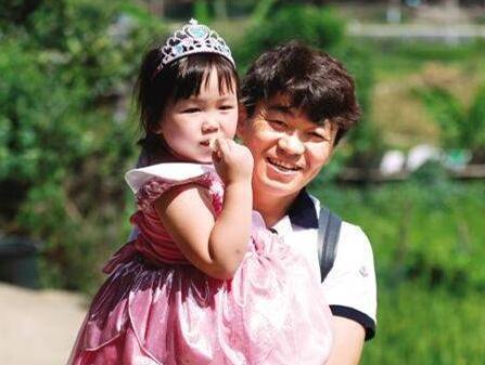 马蓉给女儿王子珊改姓原因,王宝强没有获得儿女抚养权是真的吗