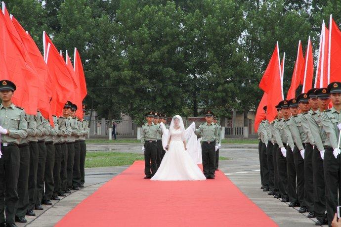 男子和军嫂婚外情同居被判几年,破坏军婚罪行为包括哪些怎么处置