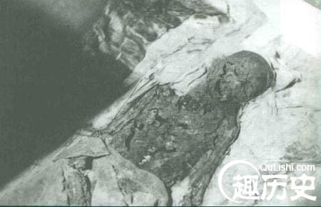 慈禧太后遗体出土时的恐怖景象图片,慈禧尸体为什么三次入殓?