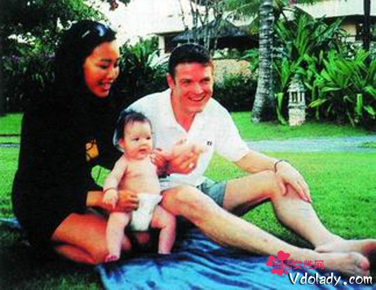钟丽缇17岁大女儿yasmine照片资料男友曝光钟丽缇三段婚姻史起底