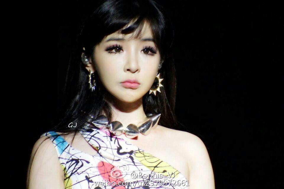 韩女团2NE1解散真相原因曝光因为朴春?韩国艺人对朴春的评价怎样