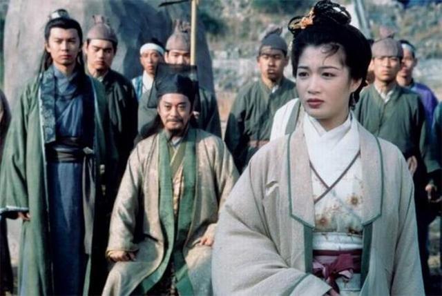 陈少霞和刘德华恩怨始末刘德华喜欢陈少霞吗两人为什么不和原因