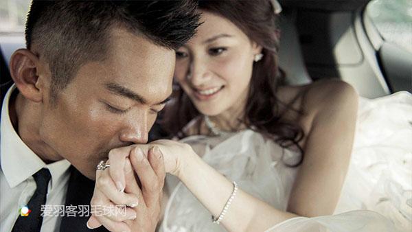 谌龙王适娴的爱情故事领证结婚照,谌龙与女友王适娴相恋七年情史