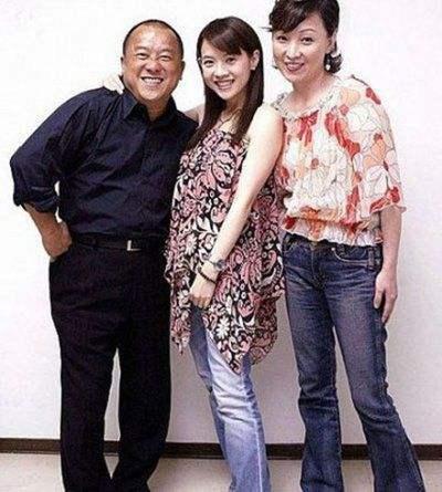曾志伟与前妻宝妈王美华离婚原因?宝妈王美华年轻时照片再婚了吗