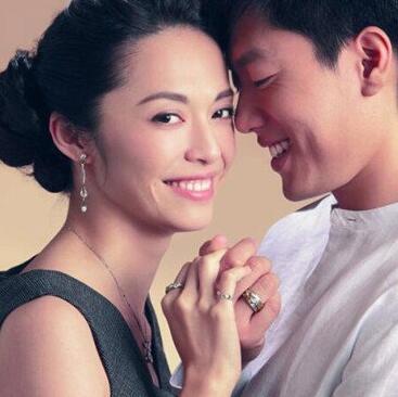 姚晨前夫凌潇为什么离婚真实原因揭秘 姚晨生孩子凌潇肃回应