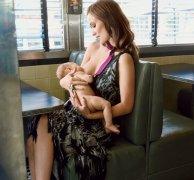 米兰达可儿为什么离婚原因,米兰达可儿春光乍泄真空上阵喂奶图片