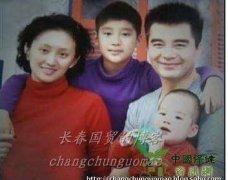 许亚军的四个老婆照片为什么离婚 许亚军个人资料现任妻子是谁
