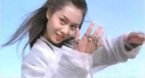 朱茵隔22年再扮紫霞仙子综艺图 红白仙服依旧没变眨眼微博近照