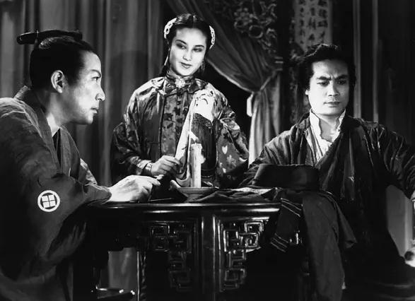 金马影后李丽华传奇一生结过几次婚?李丽华老公严俊近照导过的戏