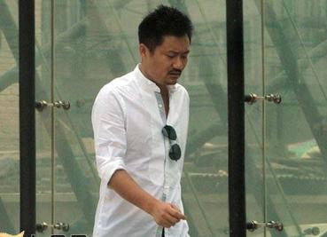 刘若英老公钟小江个人资料有几段婚姻遭扒 钟小江和前妻有儿女吗