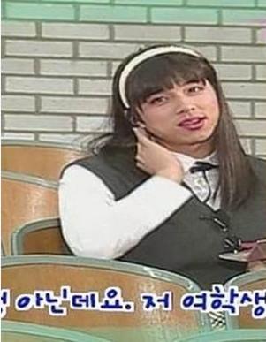 孔刘扮女装黑历史长发照片是哪部剧,孔刘老婆是谁为什么不来中国