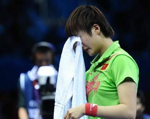 丁宁李晓霞不握手事件始末 丁宁李晓霞谁更厉害奥运会比赛视频