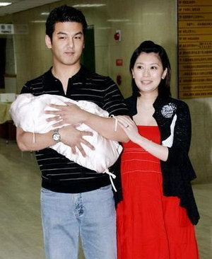 贾静雯为什么与前夫离婚原因内幕曝光 黄磊贾静雯门事件怎么回事