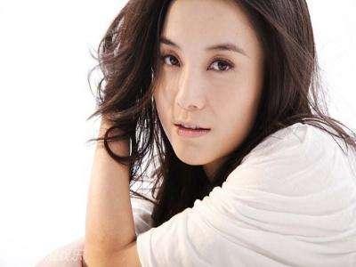 电影演员宋佳的丈夫_演员宋佳结婚了吗现任丈夫是谁 小宋佳的两任老公个人