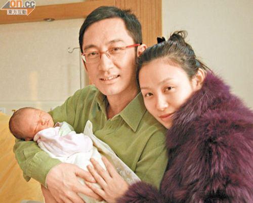 石洋子后悔嫁吴启华离婚原因揭秘 石洋子和吴启华复合了吗真相