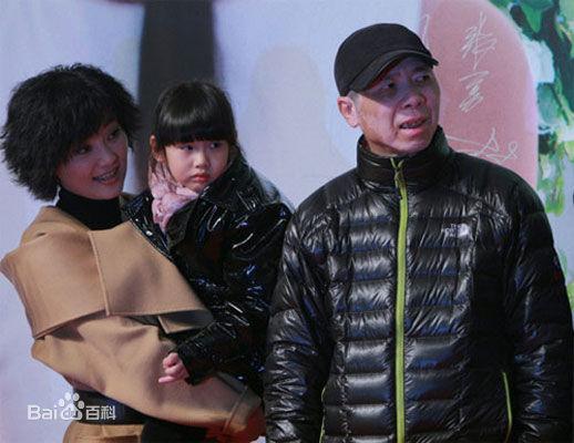 冯小刚和徐帆有孩子吗多大了 冯小刚女儿冯思羽个人资料私照曝光
