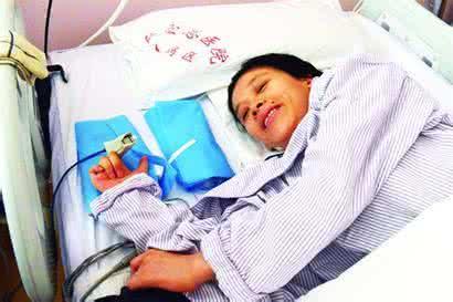 桑兰是怎样怀孕的是不是人工受孕揭秘桑兰最近站起来的照片曝光