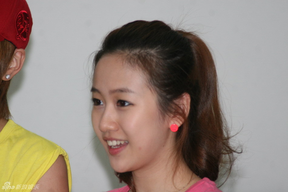 刘美含身高体重被疑作假真相揭秘 刘美含陪睡证据聊天截图曝光