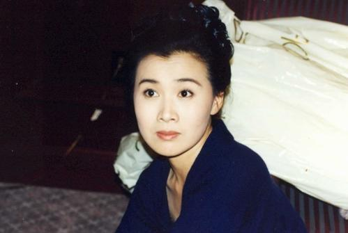 已故李媛媛结过几次婚儿子近照,丈夫杨诚资料现状再婚老婆是柏雪