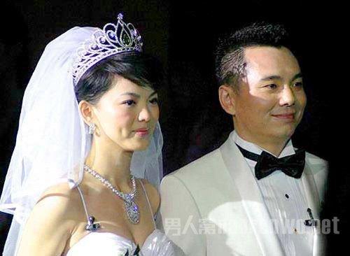王岳伦怕李湘真正原因是什么揭秘 李湘和王岳伦谁有钱身价对比